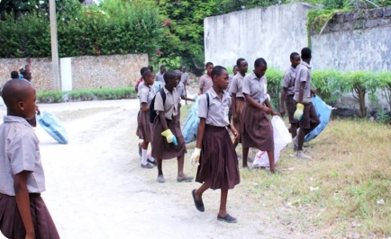Capacitation of  2,500 secondary school students with hands on environmental knowledge